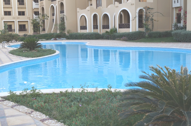 Sahl Hasheesh - 2 Bedroom Apartment with Private Beach and 5 Pools